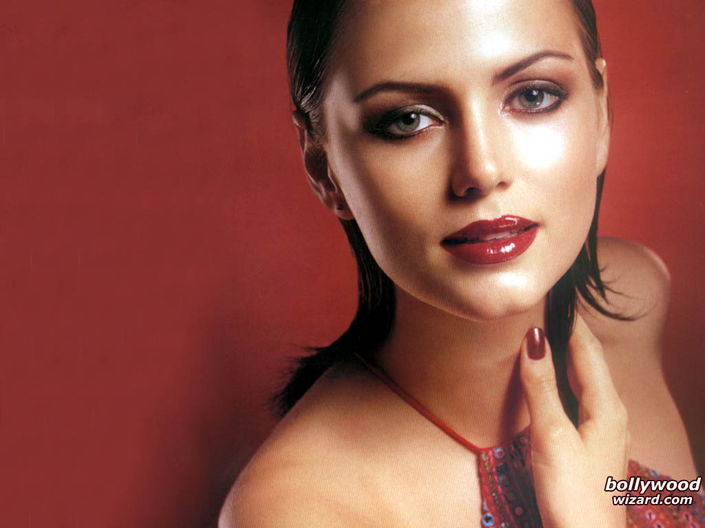 Watch Yana Gupta video